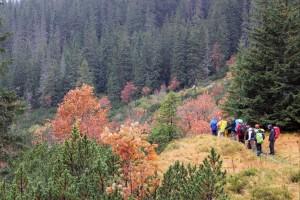 Rudeniniai Tatrai mus pasitiko išsipuošę ryškiais apdarais