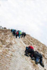 Sudėtingoje ekspedicijoje pravertė ir apraišai, ir šalmai, ir ledkirčiai.