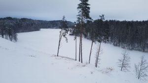 Kačėniškės piliakalnis labai gražiai sustojęs šalia Mergežerio