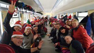 Pilnas traukinys Kalėdų