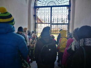 2. Už vartų – vienuolių puoselėtas sodas