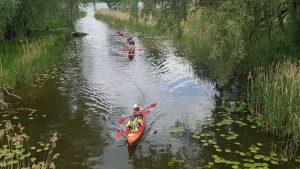 Po banguoto Erzvėto ežero, rami upės tėkmė – tikra atgaiva