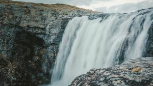 Gamtos dušas, po kuriuo maudytis išdrįsta tik akmenys